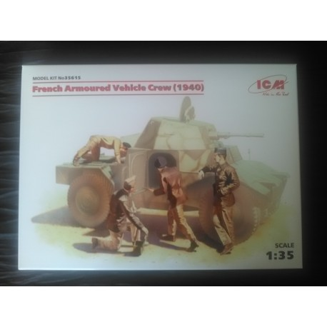 MAQUETTE FIGURINE ICM - REF35615 - FRENCH ARMOURED VEHICULE CREW 1940 - ECH 1/35
