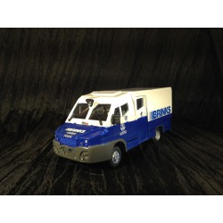MAQUETTE RESINE READY - TRANSPORT DE FONDS - BRINKS - BASE IVECO - ECHELLE 1/43