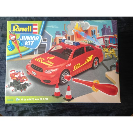 MAQUETTE REVELL JUNIOR - FIRE CHIEF - ECH 1/20 - REF 00810