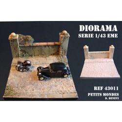 DIORAMA MAQUETTE RUE PAVEE et mur de cloture 1/43 A PEINDRE