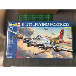 MAQUETTE REVELL - B-17G FLYING FORTRESS - REF JAP REV 04283 - ECH 1/72