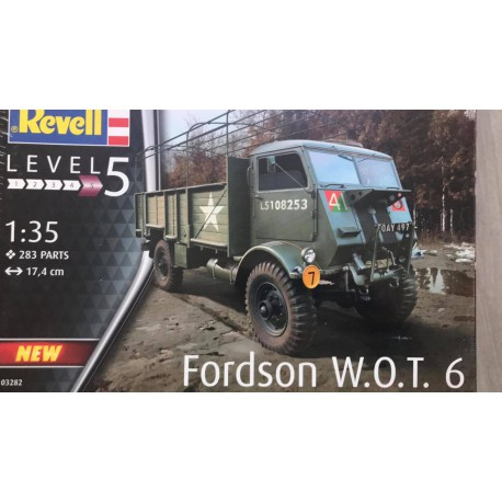 MAQUETTE REVELL - FORDSON WOT 6 - REF : REV 03282 - ECH 1/35