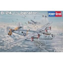 """MAQUETTE Hobby Boss - B-24J """"Liberator""""- REF 83211 - ECH 1/32"""