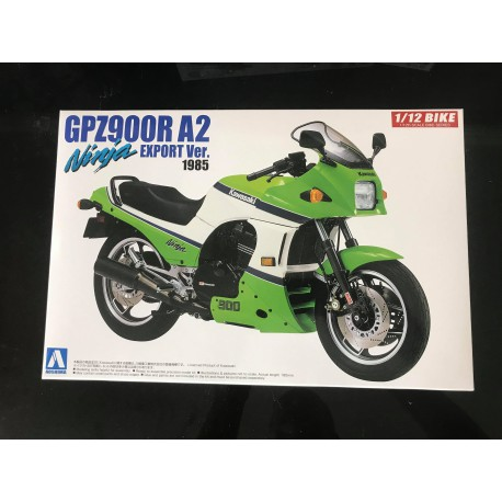 MAQUETTE AOSHIMA - GPZ 900R A2 - REF JAP AOS 53973 - ECH 1/12