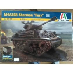 """M4A3E8 - SHERMAN """" FURY """" 1/35"""
